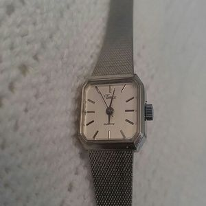 Timex Watch Silver Band Vintage ? Womens Small